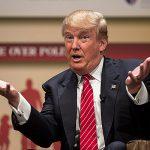 Трамп впервые с июля обогнал Клинтон по популярности — На 1%