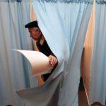 В Петербурге УИК №2200 запретил наблюдателям проверять данные избирателей с открепительными