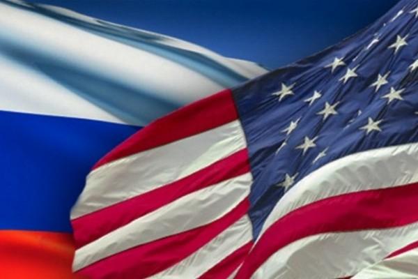 Флаги РФ и США, фото с сайта rabkor.ru