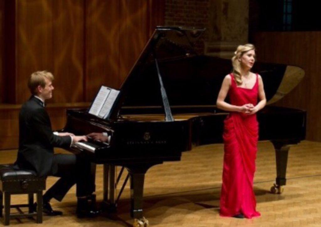 Конкурсы по оперному пению
