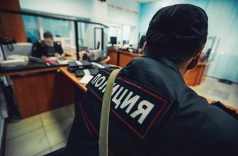Люди в штатском выгнали всех наблюдателей и прессу на избирательном участке в роддоме №1 — Информация о заложнике от партии «Справедливая Россия» не подтвердилась