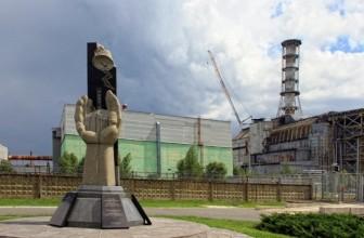 Украина на грани коллапса: зачем Киеву возобновление проектов с Росатомом
