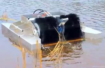 Очищает морские пучины морской скиммер
